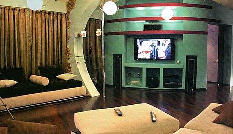 Квартира на мансардном этаже. фото