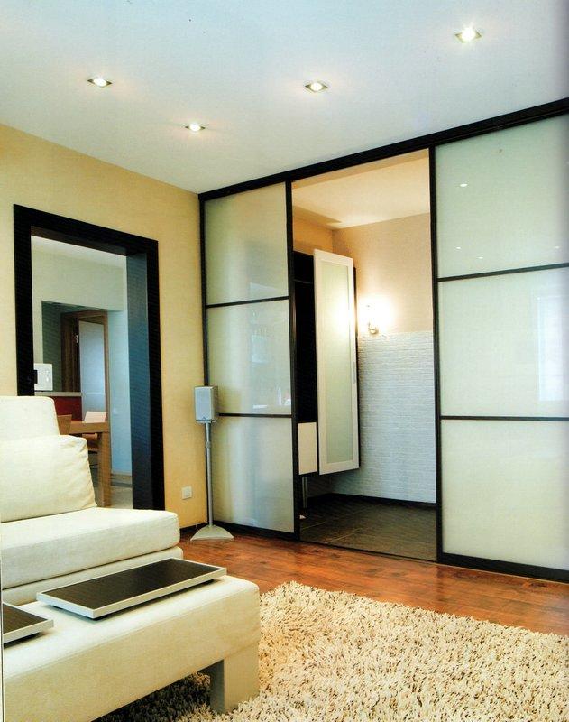 Дизайн гардеробной в зале фото